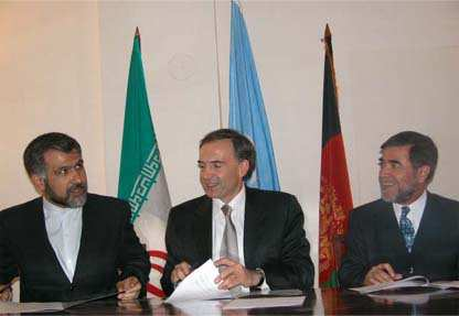 UNAMA – Photo Gallery – Signing of MOU with Iran for Afghan